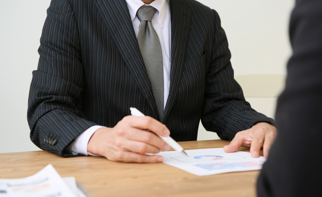 債務整理の手続を選択する上で弁護士に早期相談するメリット