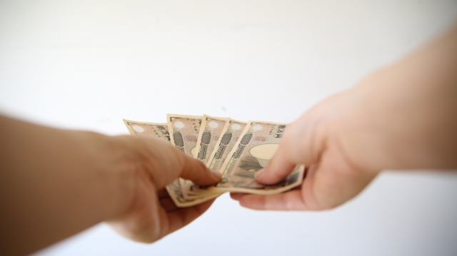 不倫の慰謝料を請求されたがお金が無い・払えない場合はどうする?